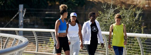 Adidas-studierabat-sneakers-tøj-sport-udstyr