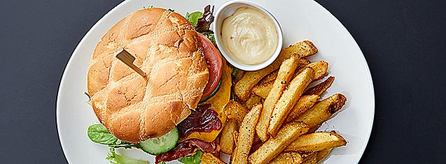 Brasserie-Mathisen-studierabat-randers-mad-spise-burger