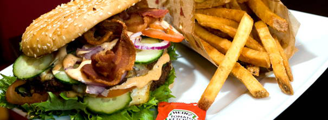 Bull-Burger-Odense-studierabat